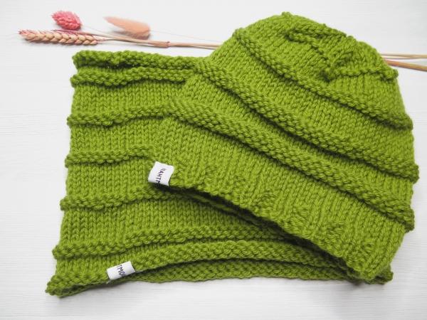 Set Mütze und Loopschal grün
